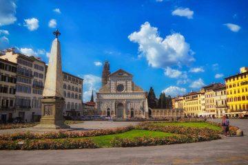 La piazza principale del quartiere storico di Santa Maria Novella a Firenze