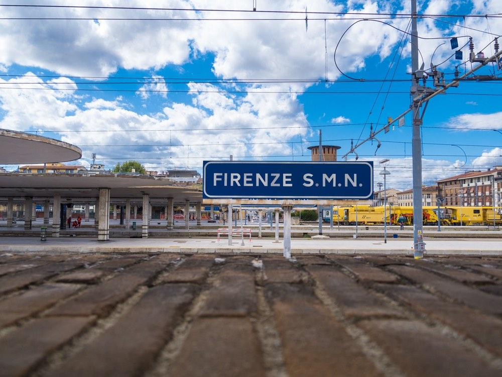 La Stazione SMN di Firenze si trova nel quartiere storico di Santa Maria Novella