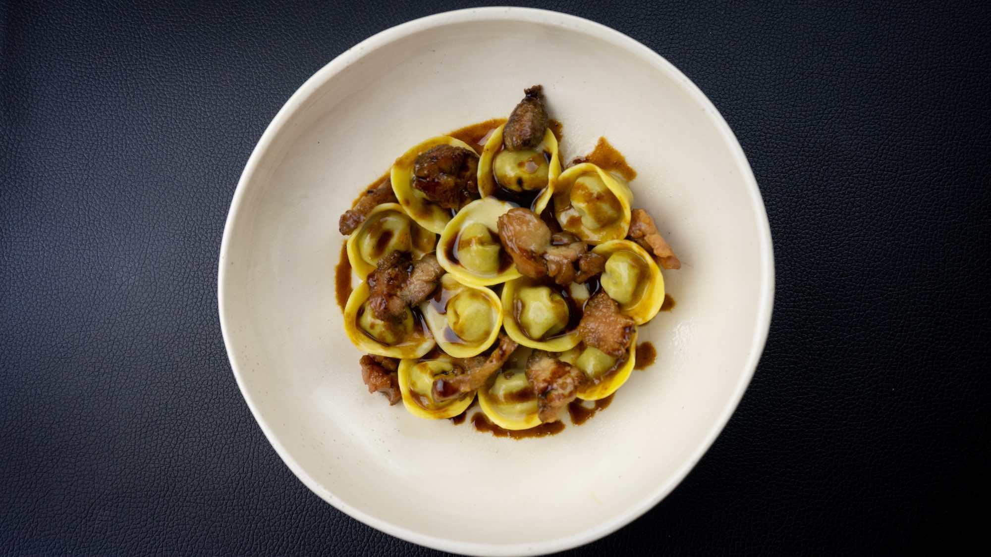Cappelletti, piatto dello chef Edoardo Tilli del Podere Belvedere - Pontassieve (Fi)