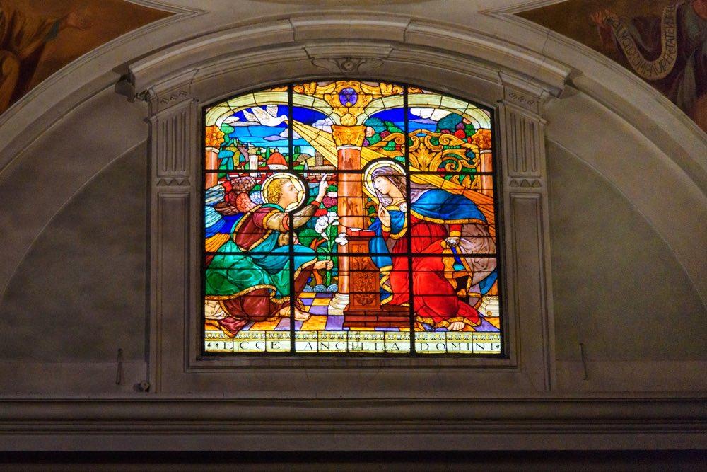 Vetrata nella Chiesa di Santa Margherita in Santa Maria dei Ricci a Firenze