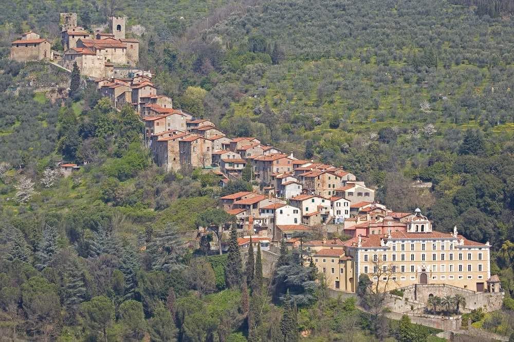 Collodi è il borgo toscano in provincia di Lucca, dove so trova il Parco di Pinocchio