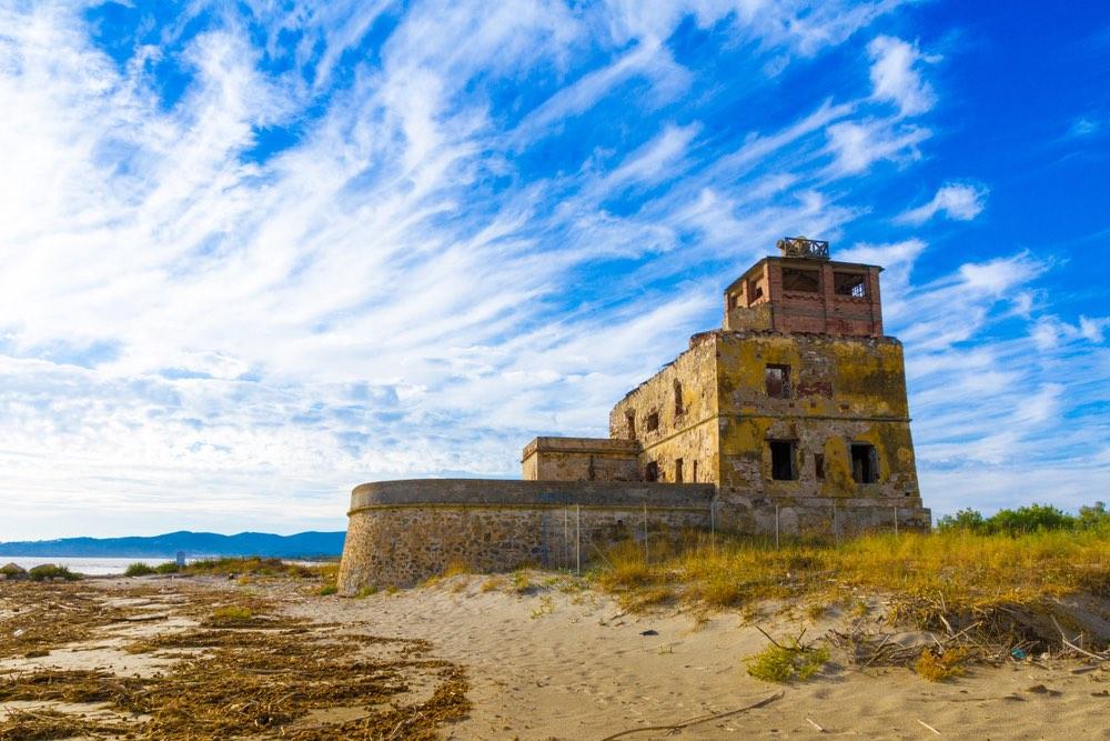 La Torre del Sale di Piombino è una delle torri costiere della Val di Cornia