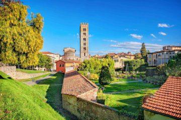 Veduta di San Michele in Foro a Lucca