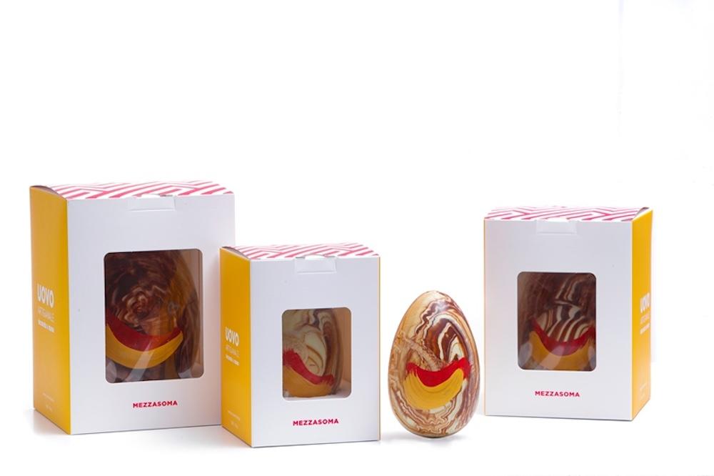 Produzione delle migliori uova di cioccolato artigianali toscane alla cioccolateria Bonci