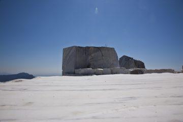 Cava Cervaiole sul Monte Altissimo a Seravezza di Henraux spa
