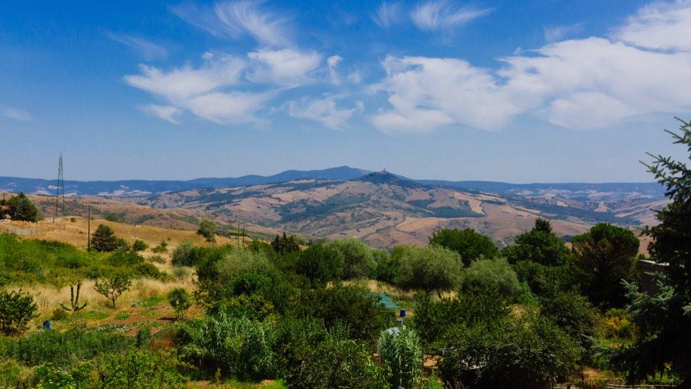 Panorama da Abbadia san Salvatore sul Monte Amiata