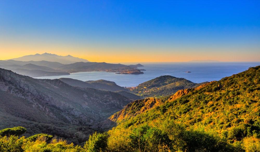 Panoramoica Isola d'Elba e Portoferraio al tramonto