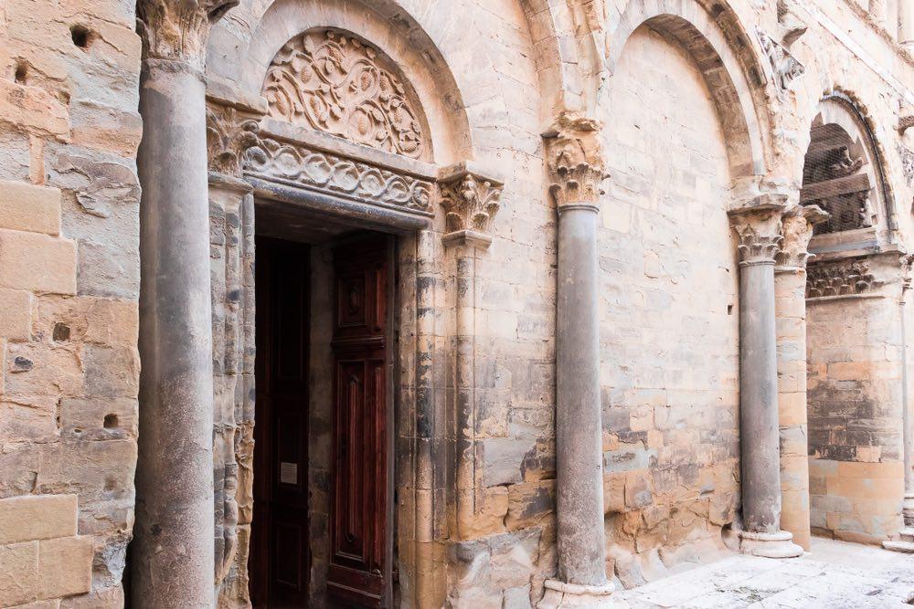 La Pieve di Romena si trova in Toscana nella zona del Casentino