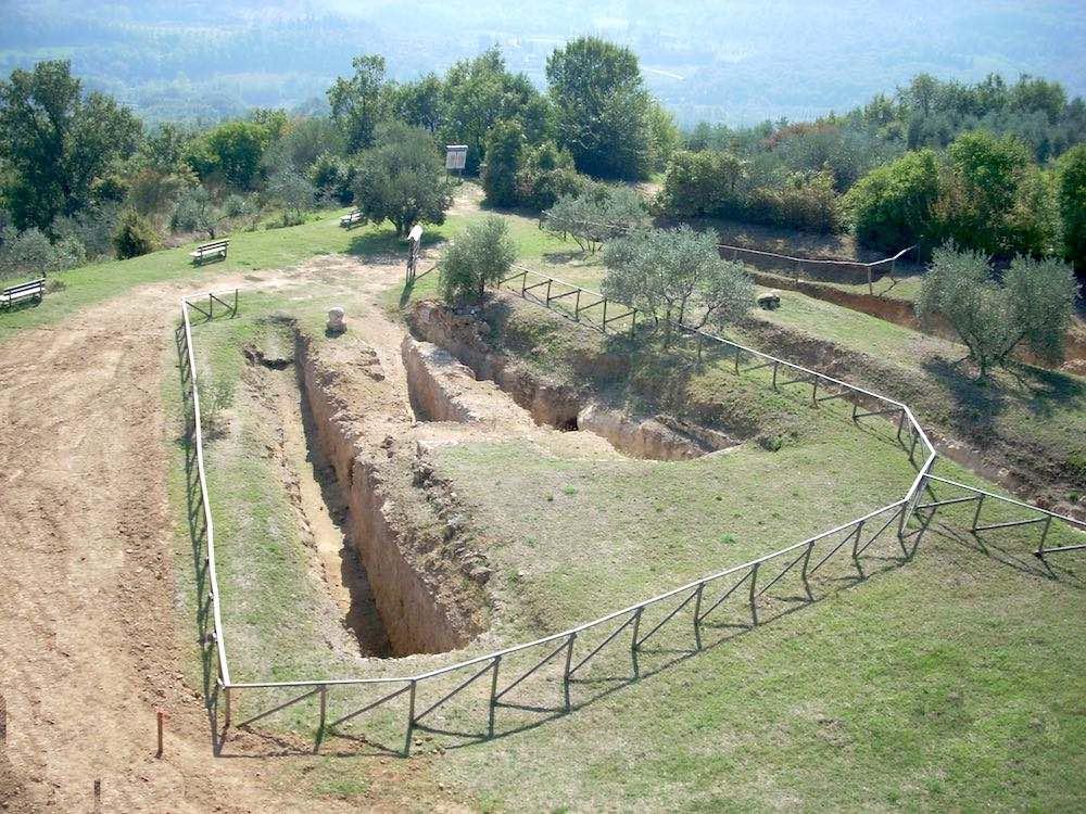 Necropoli etrusca delle Pianacce a Sarteano in Toscana
