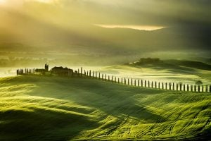 Val d'Orcia all'alba, territorio toscano Patrimonio dell'Umanità