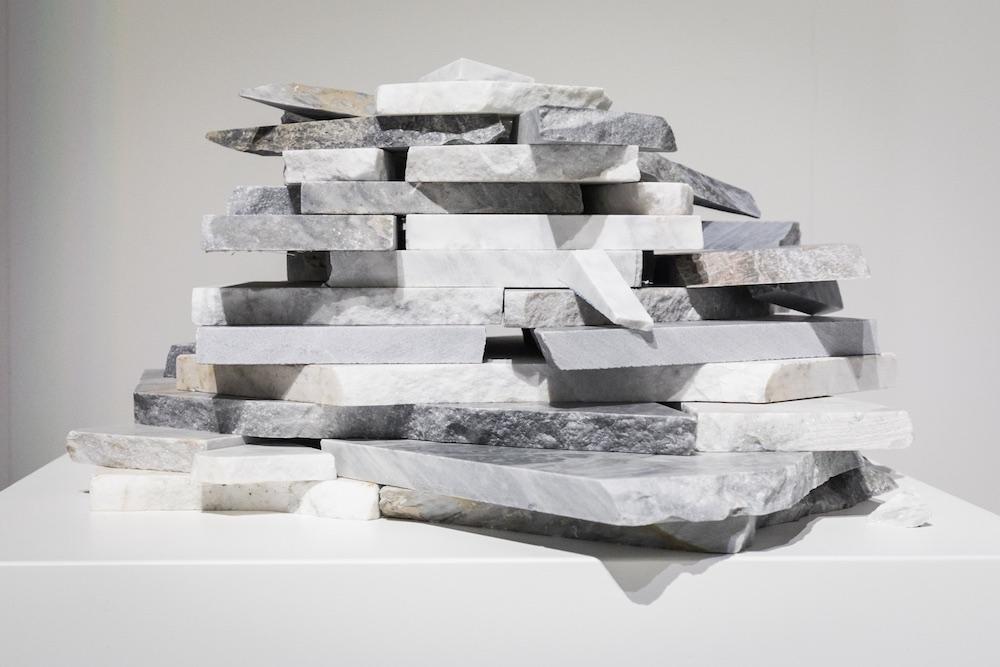 Pezzi di marmo con cui viene realizzato Stonethica