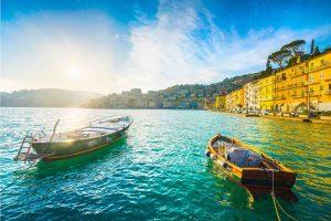 Barche ormeggiate a Porto Santo Stefano, borgo toscano dell'Argentario