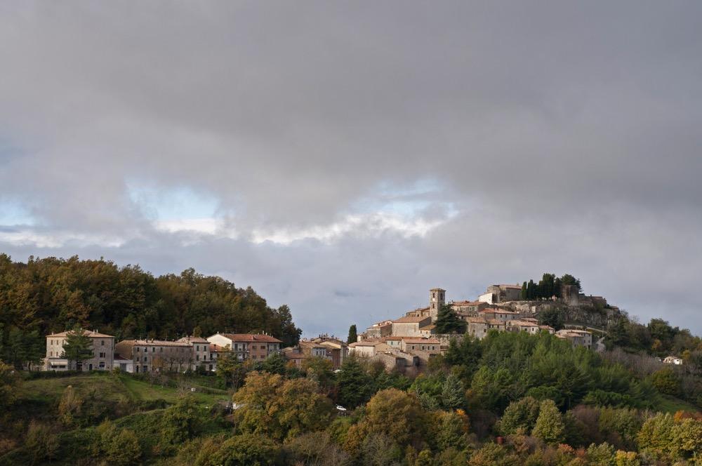 Semproniano, borgo toscano sul Monte Amiata