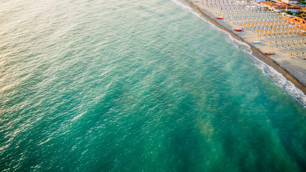 Marina dei Rochi è una località della Riviera apuana in Toscana