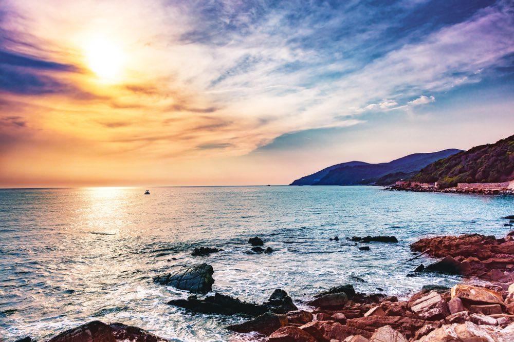 Quercianella è una località di mare sulla costa livornese