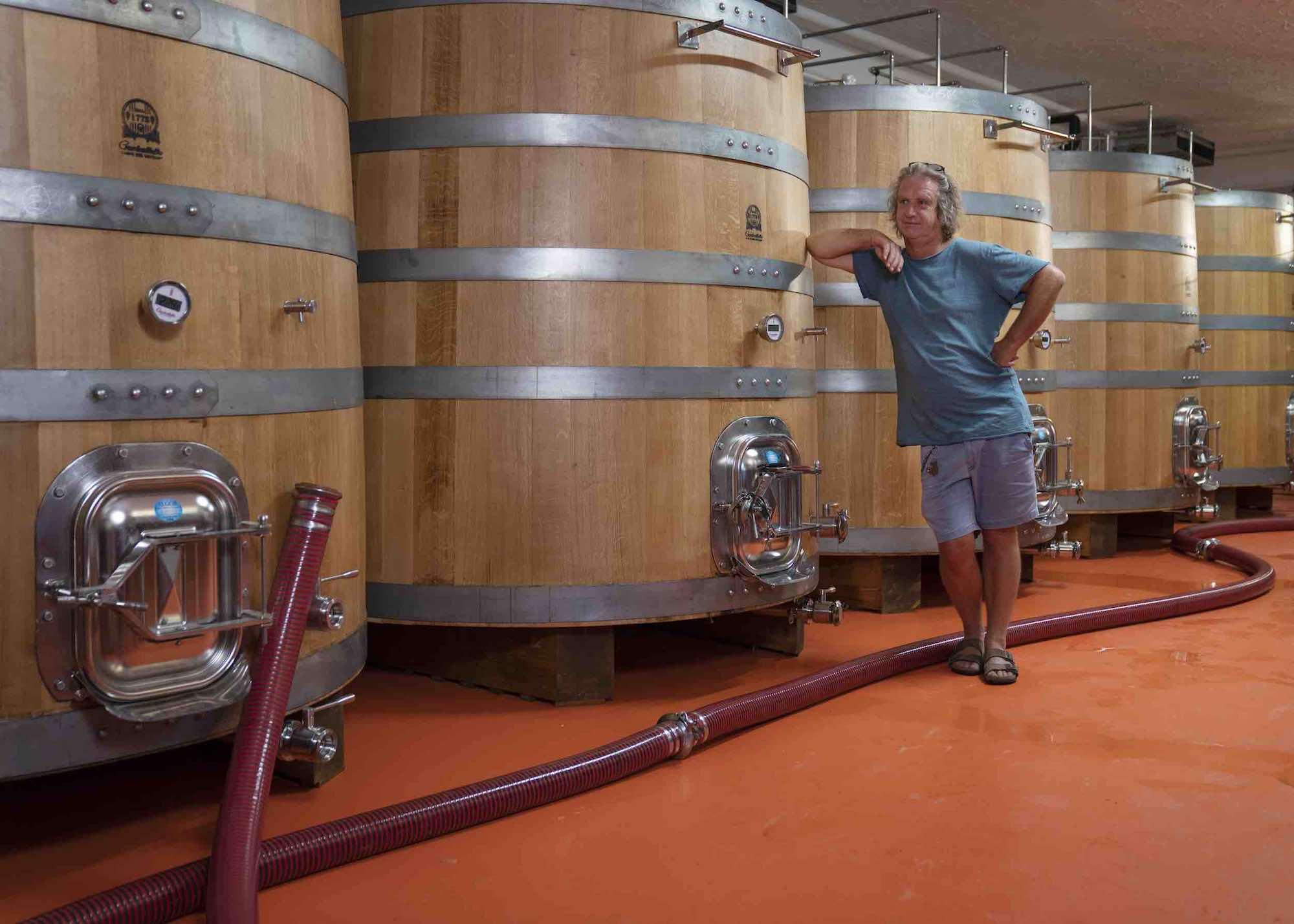 Bibi Graetz nella nuova cantina di fermentazione a Fiesole