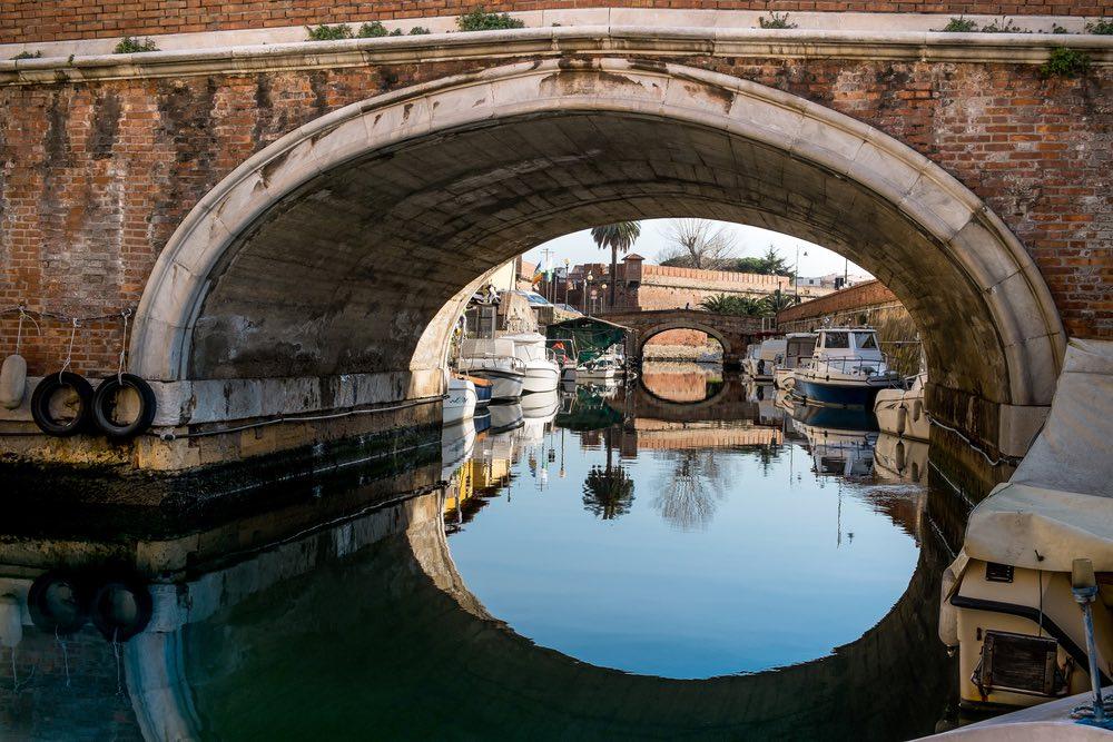Ponte nel quartiere Venezia a Livorno