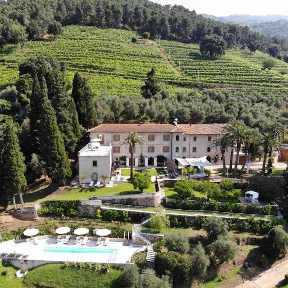 Vista del wine resort Montepepe a Montignoso