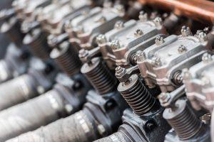 Vecchio motore a scoppio o a combustione interna