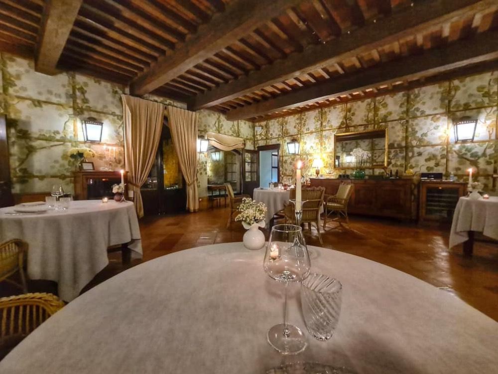 Tra le nuove stelle Michelin 2021 della Toscana il ristorante Sala dei Grappoli del Castello Banfi