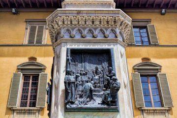 Statua di Francesco Datini a Prato