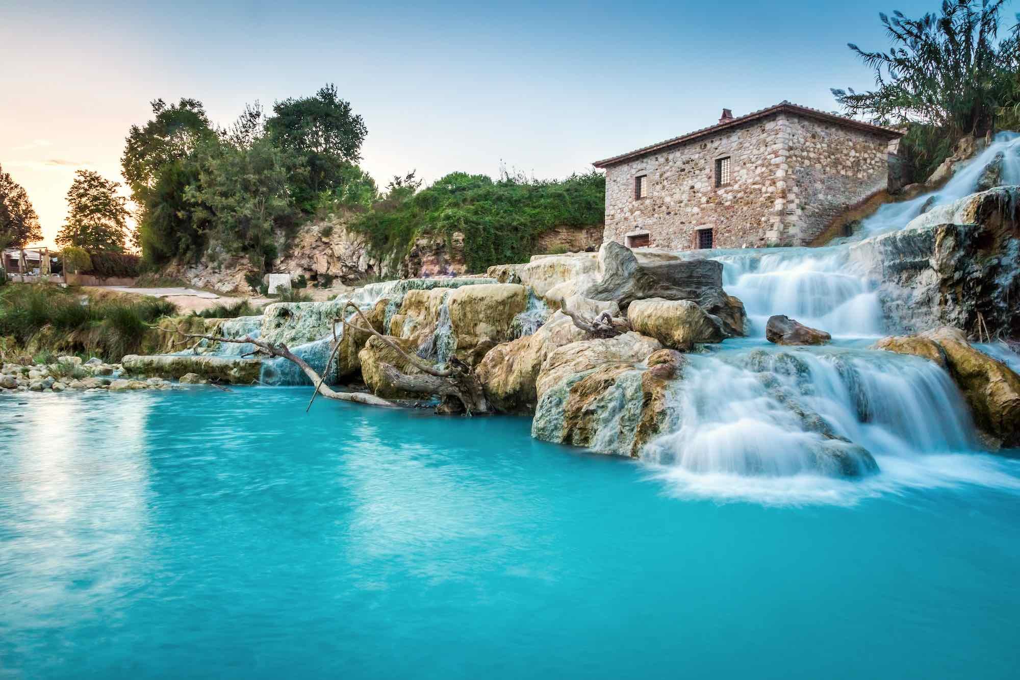 Le Cascate del Mulino a Saturnia sono tra le più belle terme in Toscana