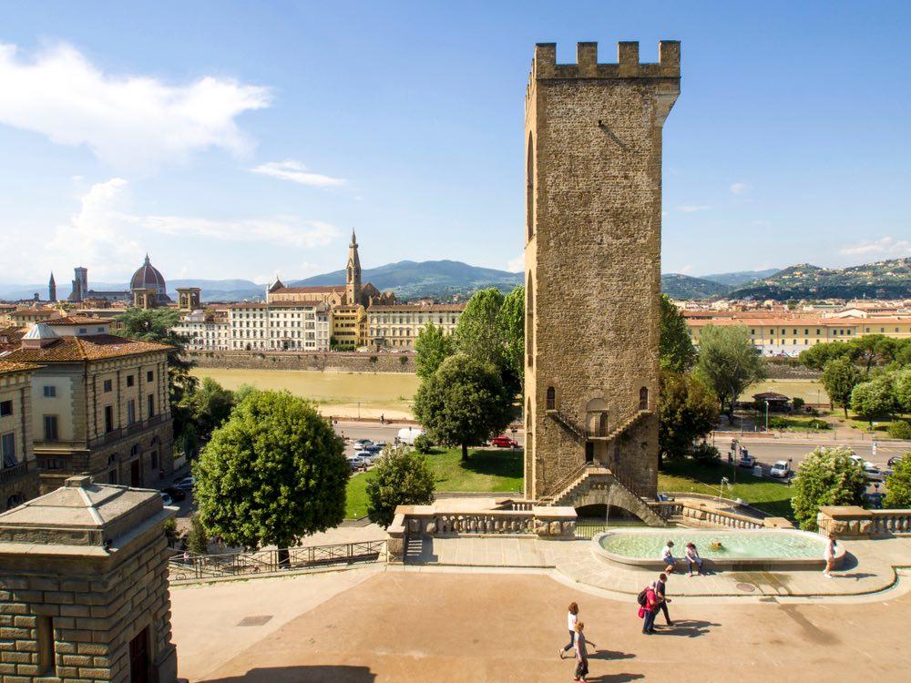 Porta San Niccolò e il panorama di Firenze