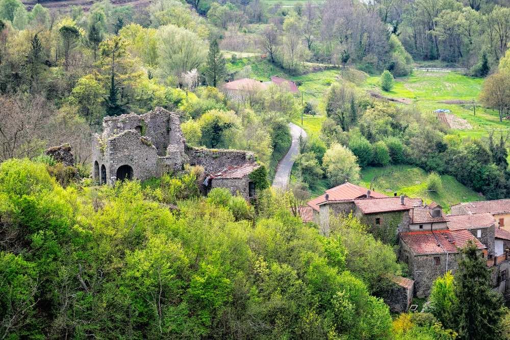 Rovine del Castello di Codiponte nel comune di Fivizzano in Lunigiana