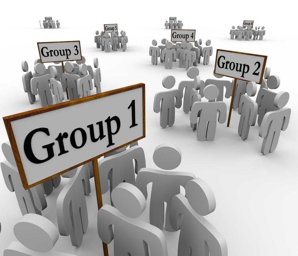 Rappresentazione grafica di gruppi differenti di persone