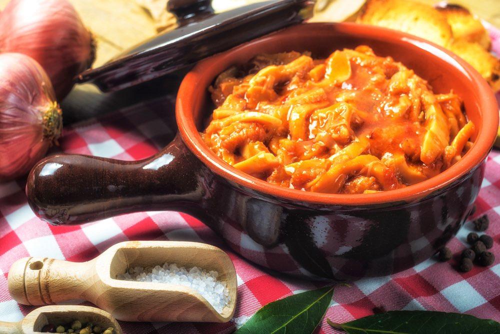 Piatto di trippa alla fiorentina, tipica ricetta toscana a base di frattaglie