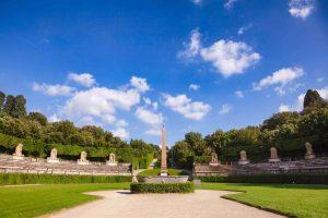 Uno dei monumenti egizi a Firenze più famosi è l'Obelisco dentro il Giardino di Boboli
