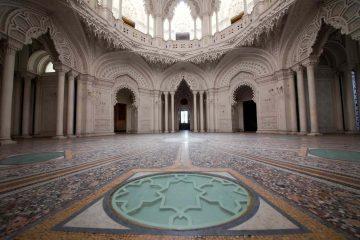 La sala bianca nel Castello di Sammezzano, scelto da Dior per il nuovo cortometreggio