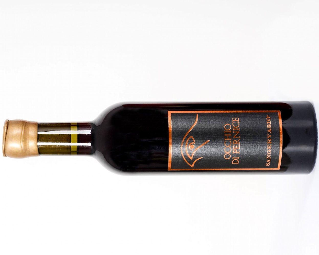 Bottiglia di Occhio di Pernice Sangervasio, uno dei migliori vini dolci toscani