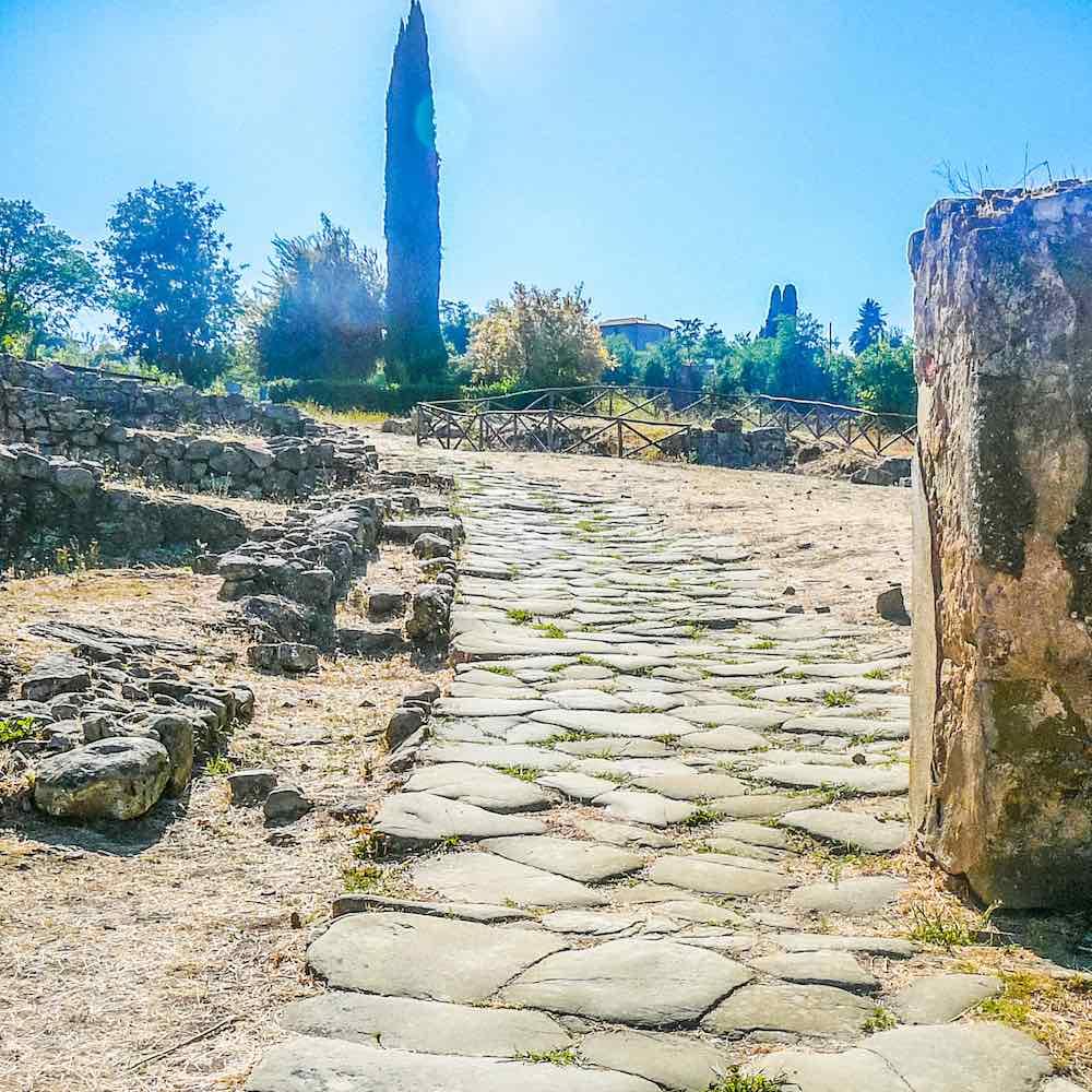 Antiche rovine di Vetulonia in Toscana