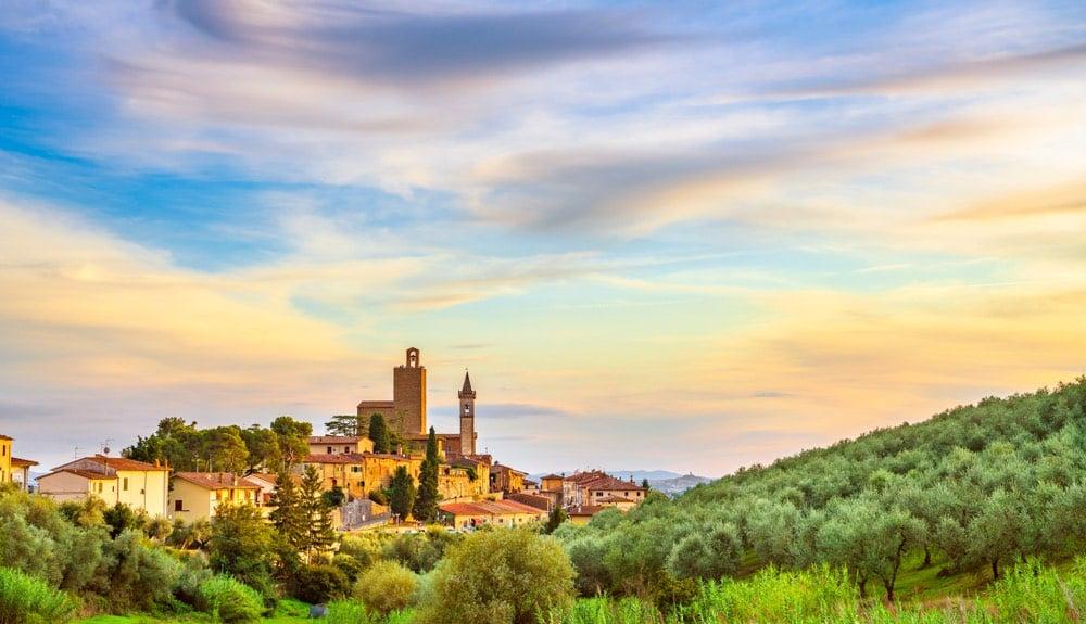 Il borgo di Vinci in Toscana, il paese natale di Leonardo