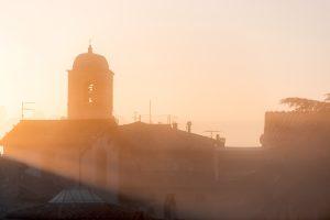 Il borgo di Chiusi al tramonto