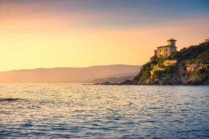 Villa sul mare a Castiglioncello, borgo marittimo sulla costa toscana in provincia di Livorno