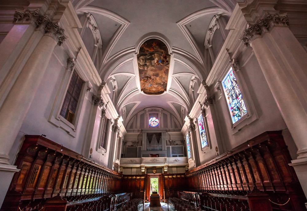 Interno della chiesa dell'Abbazia di Monte Oliveto Maggiore