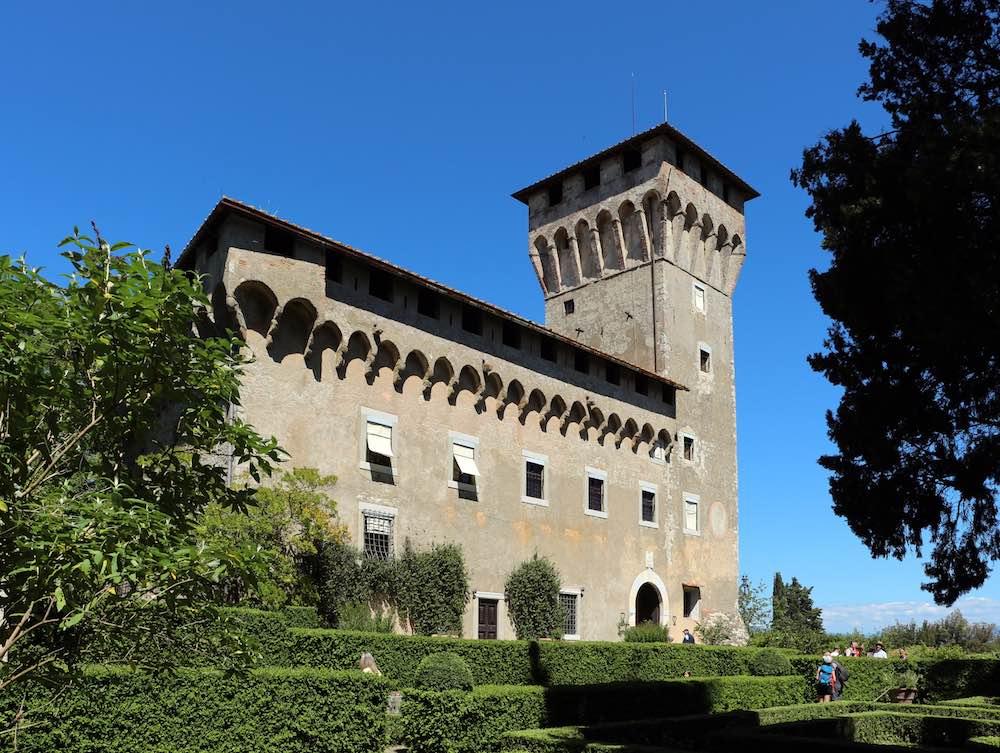 Il Castello del Trebbio, villa medica a San Piero a Sieve in Mugello