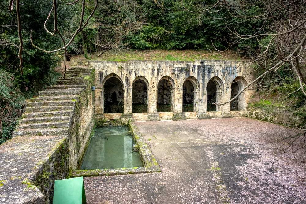 La Fonte delle Fate è una fontana pubblica a Poggibonsi in Toscana