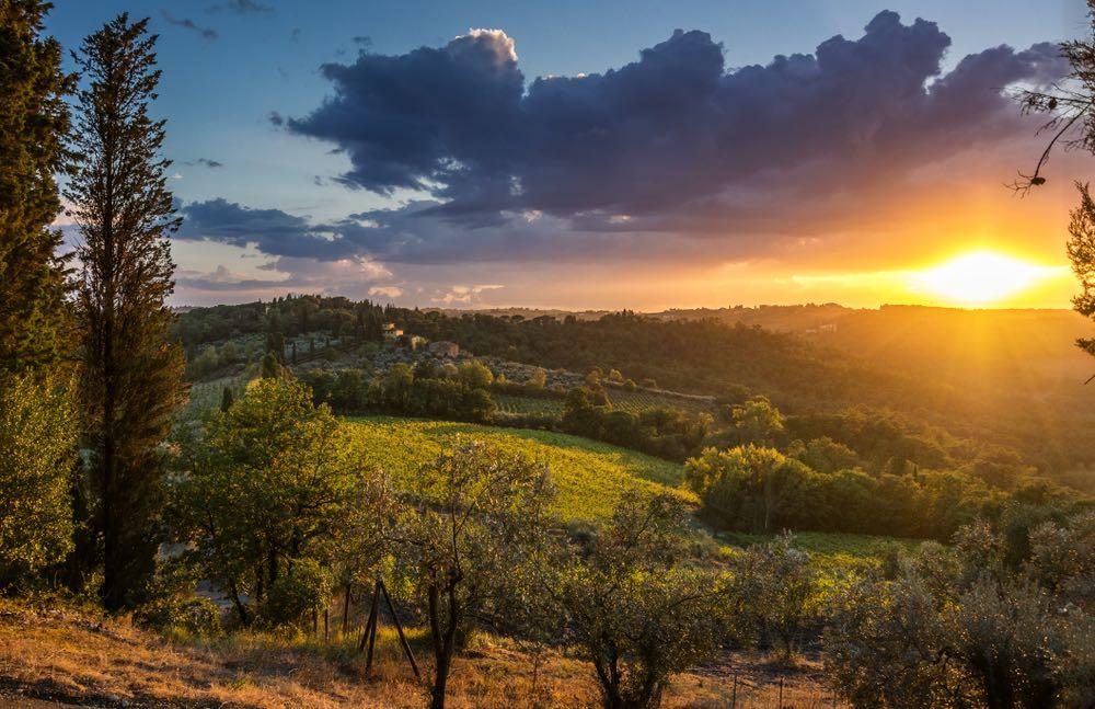 Colline al tramonto vicino al borgo di Impruneta