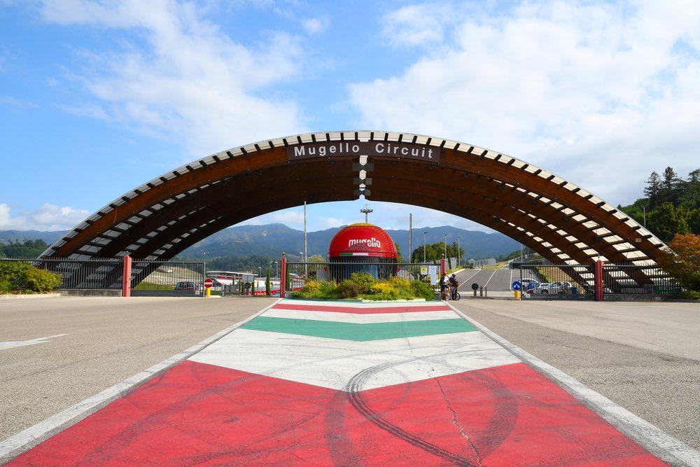Ingresso dell'Autodromo del Mugello in Toscana