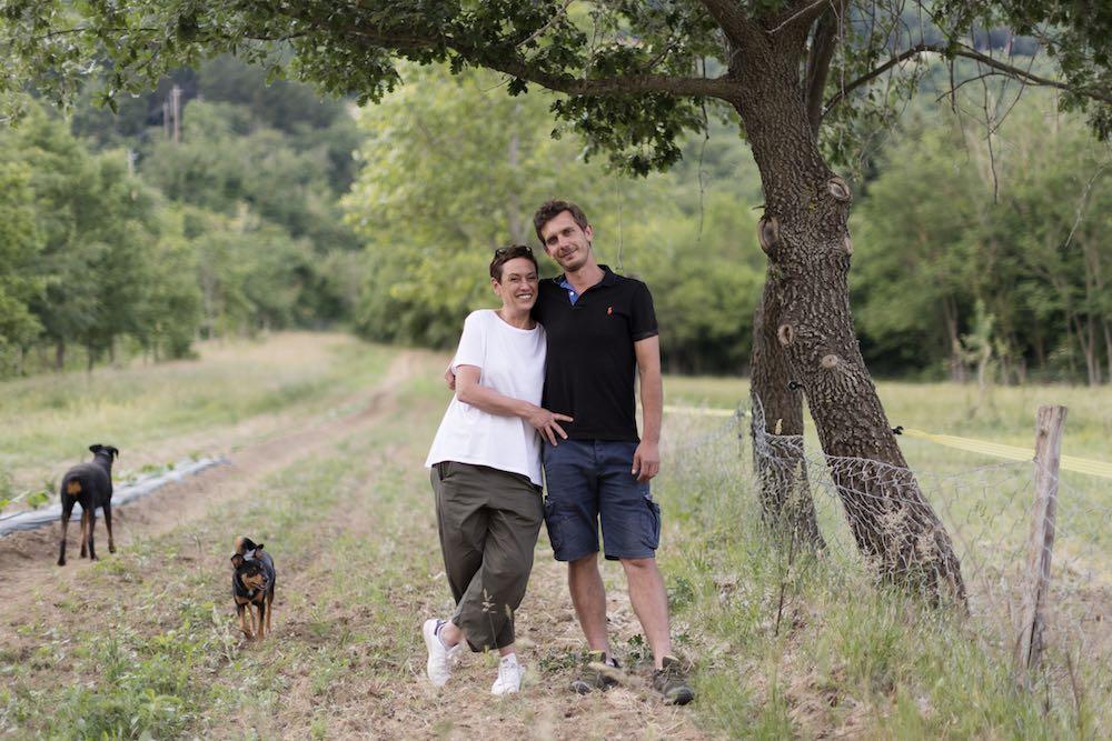 I proprietari della Tenuta La Sucre, agriturismo e azienda agricola a Cortona