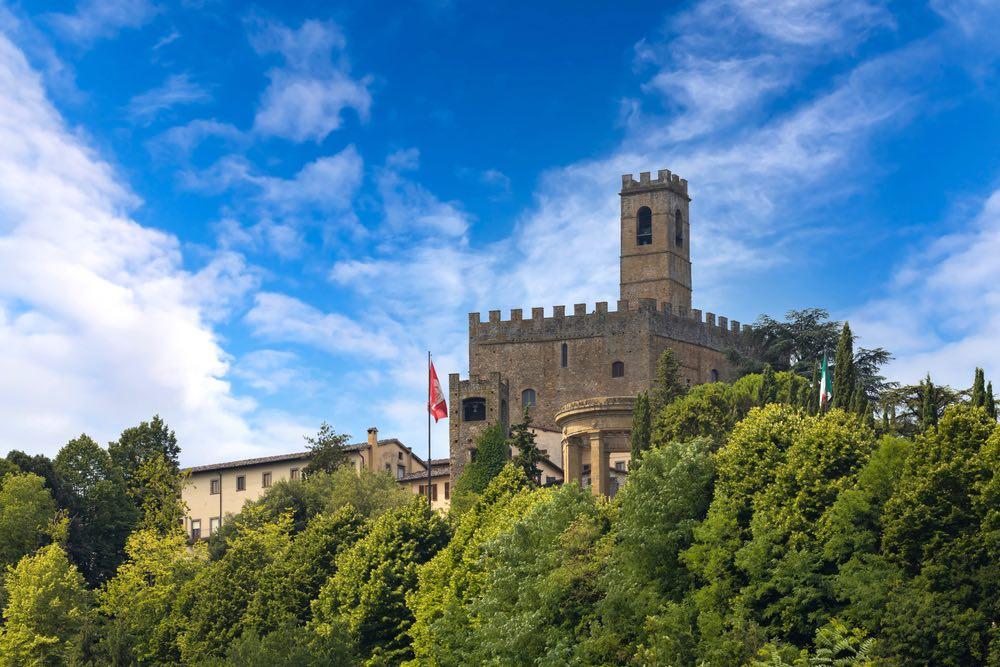 Il Castello di Poppi nell'omonimo borgo toscano, in Casentino
