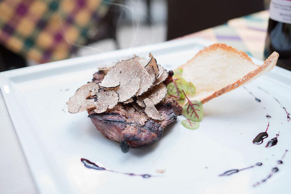 Filetto al tartufo al ristorante La Bistecca Osteria Fiorentina in Piazza della Repubblica