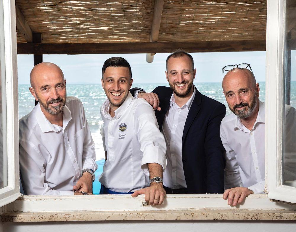 Staff del ristorante La Pineta a Marina di Bibbona