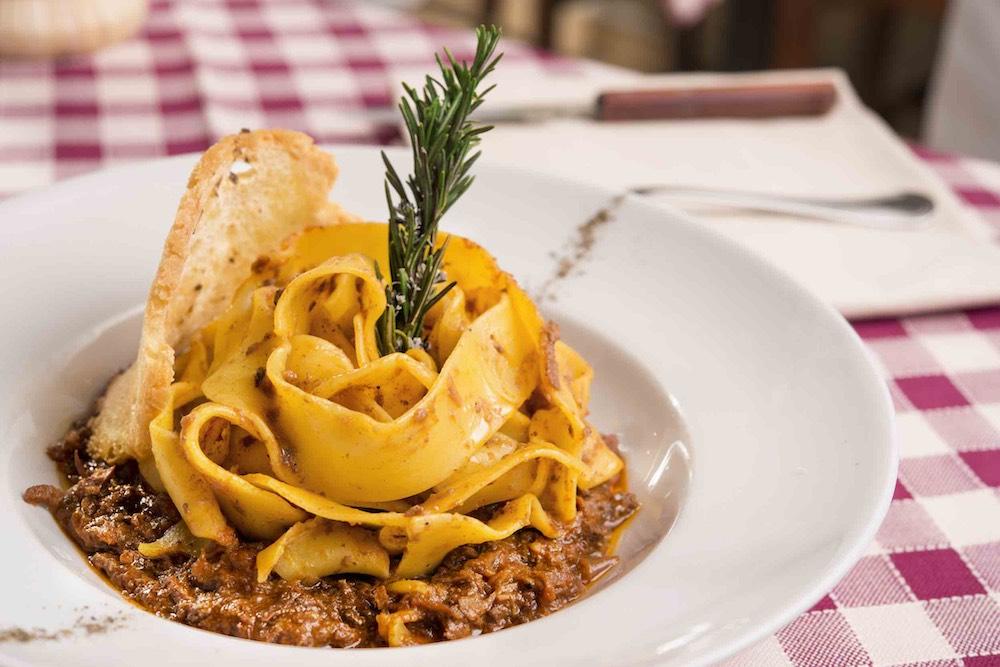 Tagliatelle al cinghiale all'Osteria del Proconsolo, ristorante toscano nel centro di Firenze