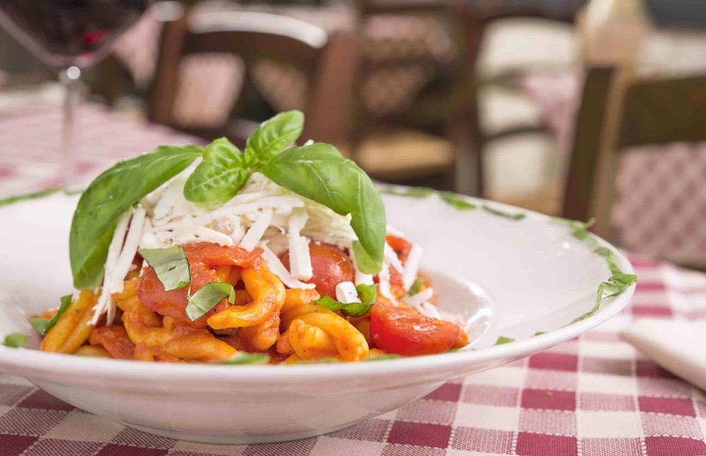 Pasta al pomodoro all'Osteria del Proconsolo, ristorante toscano nel centro di Firenze