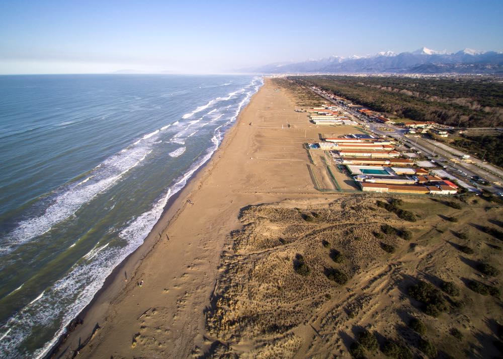 La spiaggia della Lecciona si trova in Toscana nel Parco naturale di Migliarino, San Rossore e Massaciuccoli