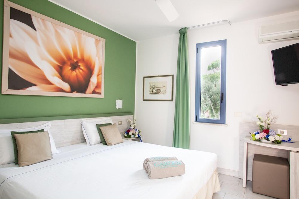 Camera del Garden Toscana Resort, villaggio vacanza sul mare in Toscana